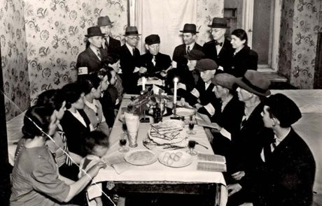 בכל דור ודור  – פסח בזמן השואה