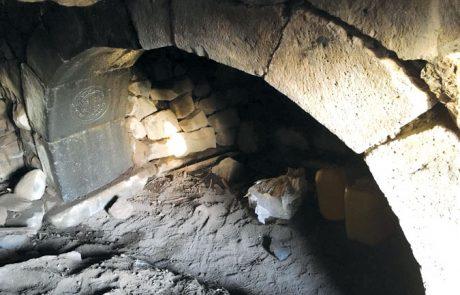 אוצרות ארכיאולוגיים בחיספין