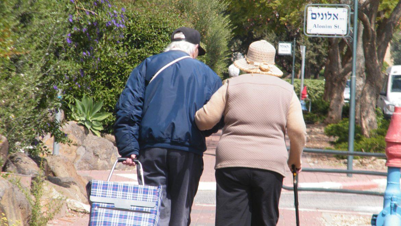 האם מיזם הסעות הקשישים מהשוק בקצרין – בסכנה?