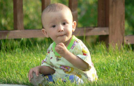 למה תינוקות בוכים